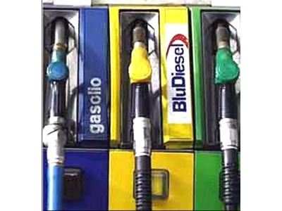 Scheda carburanti: l'incompleta compilazione comporta l'indeducibilità del costo.